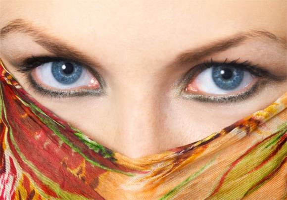 Le khôl, souligner le regard avec un produit naturel